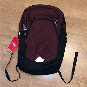 NWT The North Face Pivoter Backpack, Red